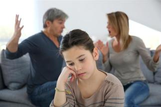 Helping-your-teenager-through-parents-separation